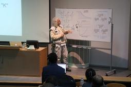 Conférence invitée du Prix Nobel alternatif Raúl Montenegro
